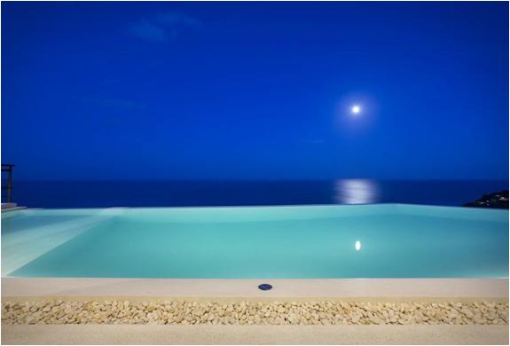 moon-shadow-villa-6.jpg