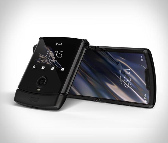 motorola-razr-smartphone-2.jpg | Image