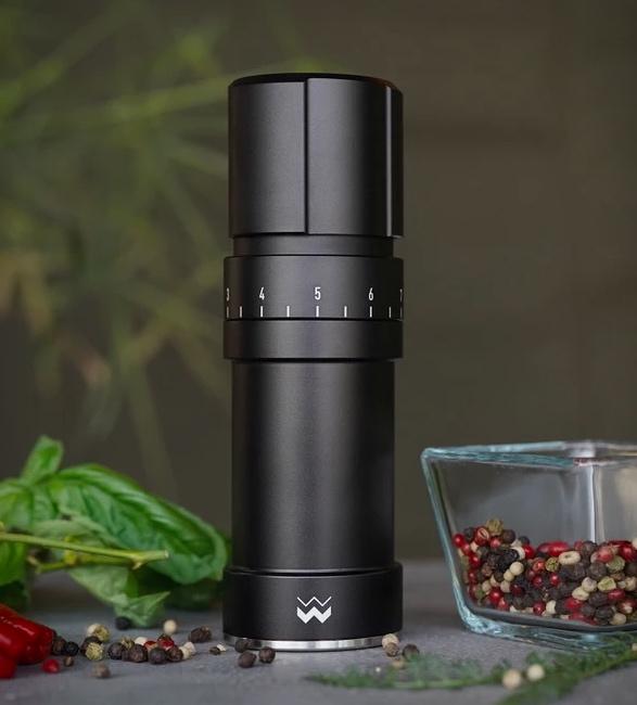 moulin-pepper-grinder-5.jpg | Image