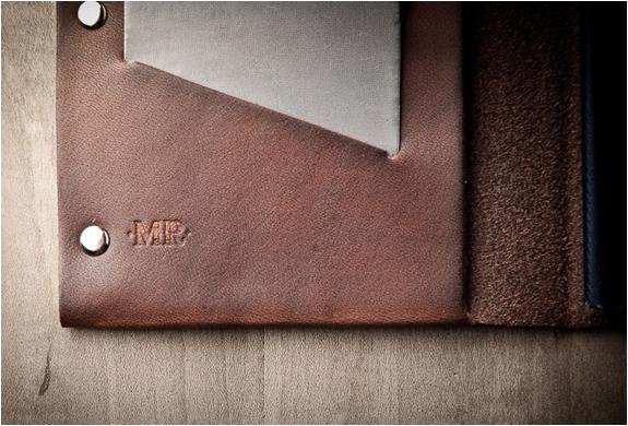mr-lentz-passport-wallet-7.jpg