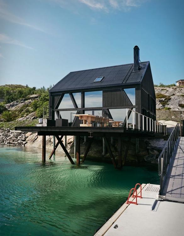 naustet-stokkoya-boathouse-9.jpg