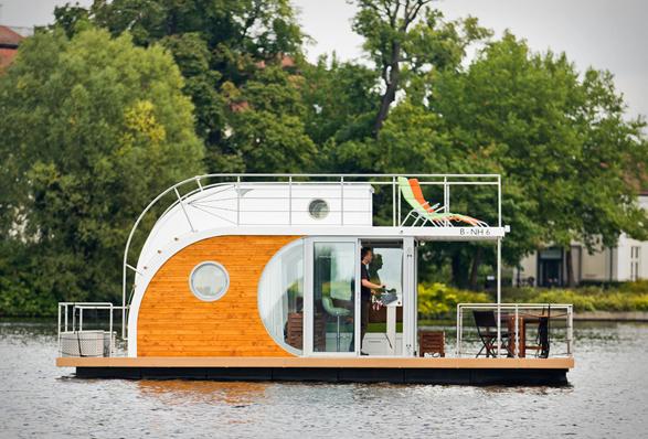 nautilus-houseboats-11.jpg