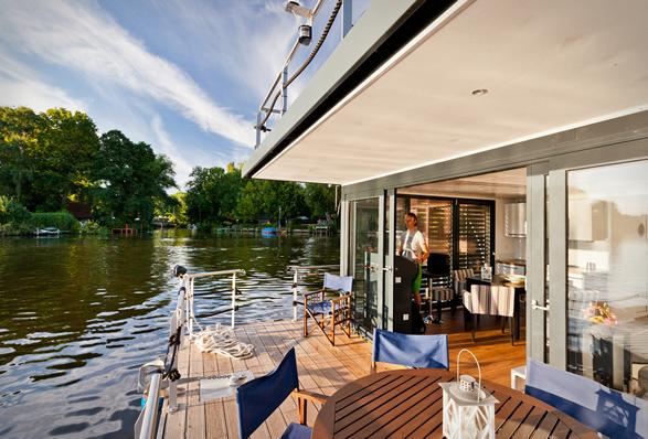 nautilus-houseboats-9.jpg