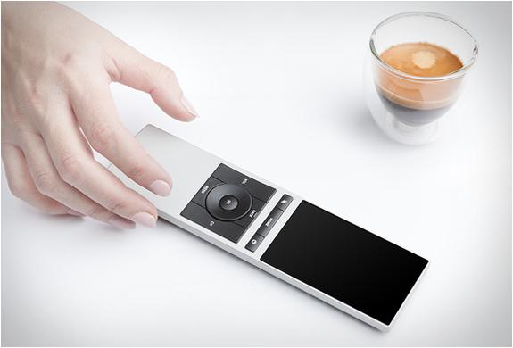 neeo-smart-remote-4.jpg | Image