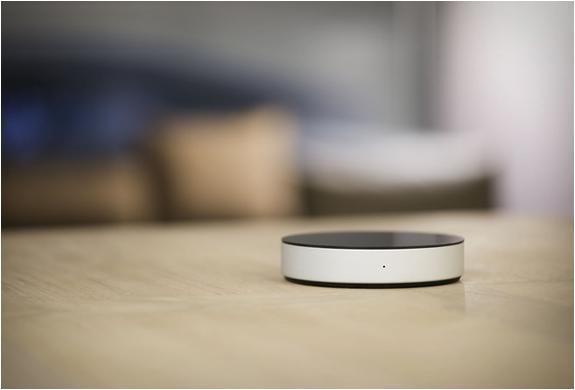 neeo-smart-remote-5.jpg | Image