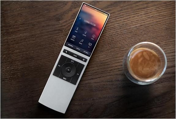 Neeo Smart Remote | Image