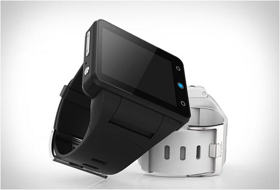neptune-pine-smartwatch-2.jpg | Image