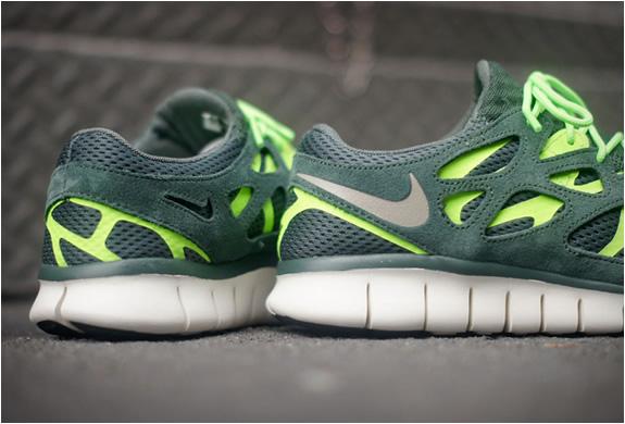 nike-free-run-2-vintage-green-2.jpg | Image