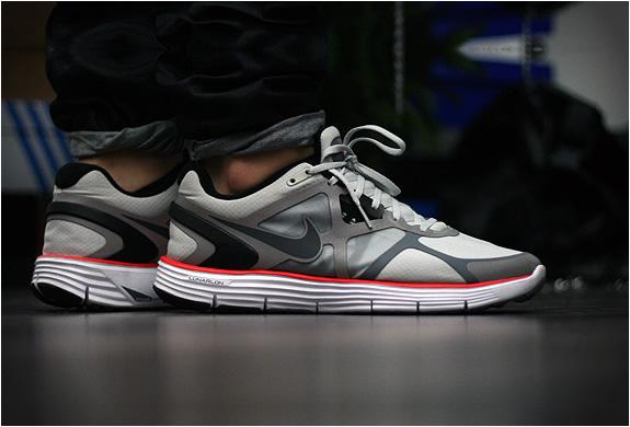 Nike Lunarglide 3 Amen X Lotus Evora | Image
