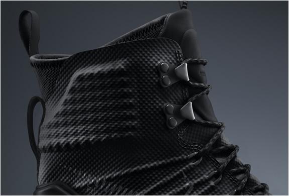Nike Lunarterra Arktos