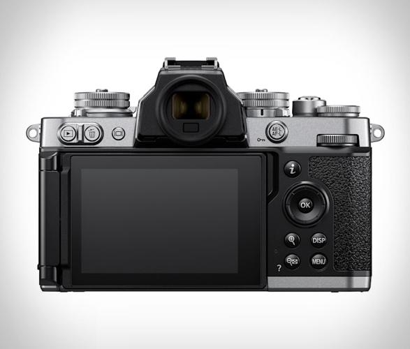 nikon-z-fc-mirrorless-camera-3.jpg | Image