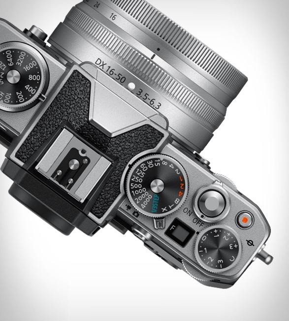 nikon-z-fc-mirrorless-camera-5.jpg | Image