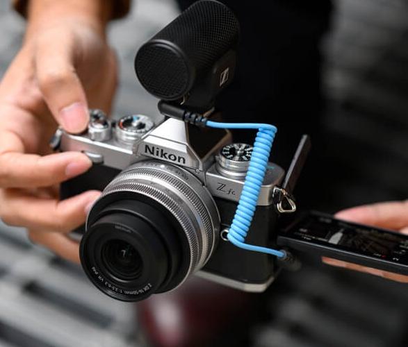 nikon-z-fc-mirrorless-camera-6.jpg