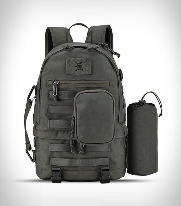 nixon-craig-stecyk-backpack-2.jpg | Image