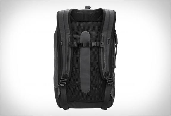 nixon-origami-backpack-3.jpg | Image