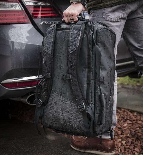nomatic-travel-bag-8.jpg
