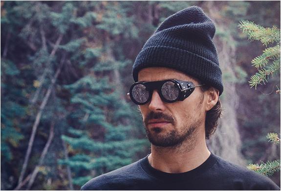 nothern-lights-optic-mountaineering-sunglasses-7.jpg