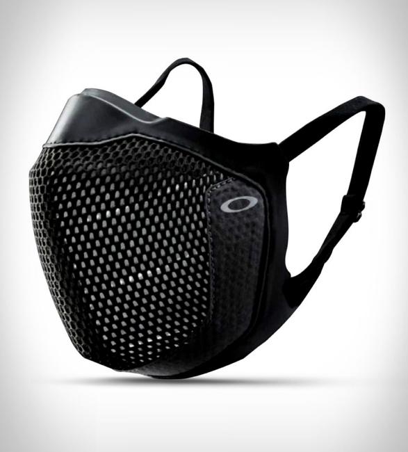 oakley-msk3-eyewear-friendly-mask-5.jpg