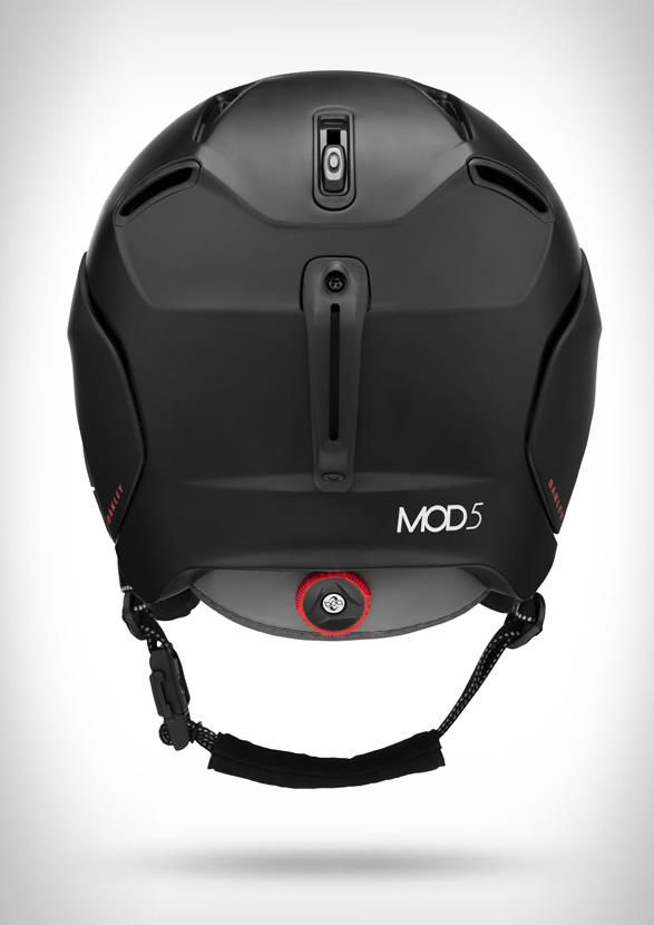 oakley-snow-helmets-6.jpg