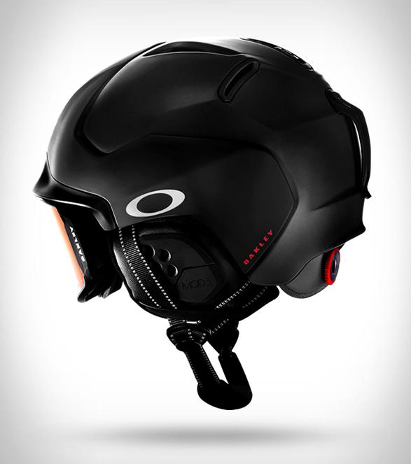 oakley-snow-helmets-7.jpg
