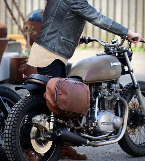 oaks-phoenix-motorcycle-bags-6.jpg