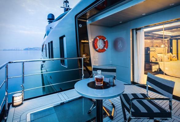 okto-superyacht-8.jpg