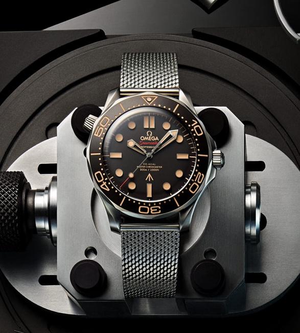 omega-seamaster-diver-007-edition-6.jpg