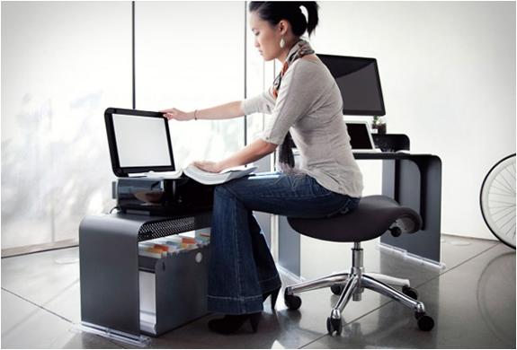oneless-desk-10.jpg