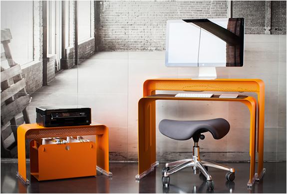oneless-desk-3.jpg | Image