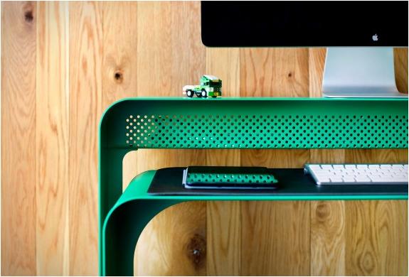 oneless-desk-7.jpg