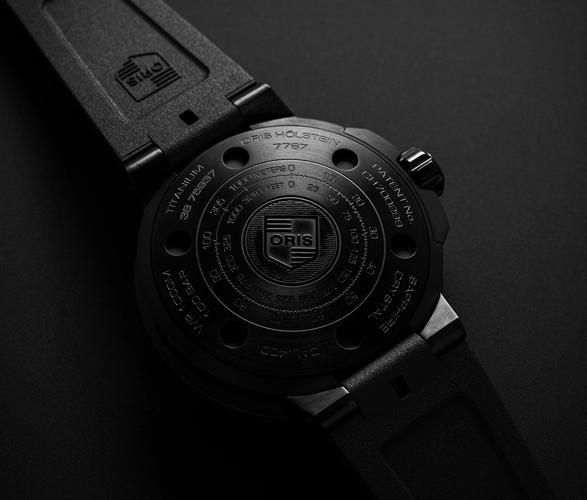 oris-aquispro-date-watch-4.jpg | Image