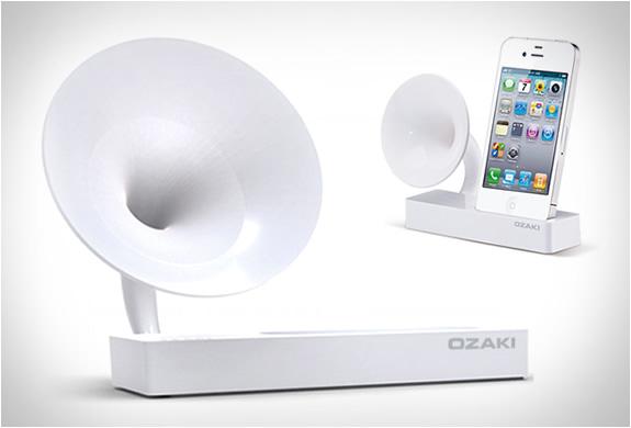 Ozaki Isuppli Gramo | Iphone Charger & Speaker | Image
