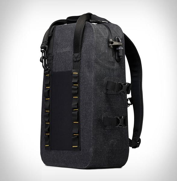 pacsafe-dry-25l-backpack-2.jpg   Image