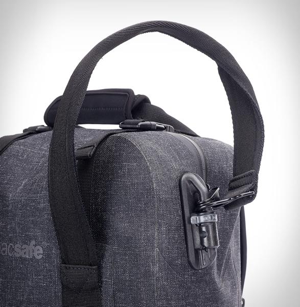 pacsafe-dry-25l-backpack-3.jpg | Image