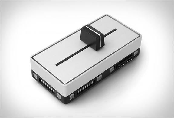palette-modular-controller-6.jpg