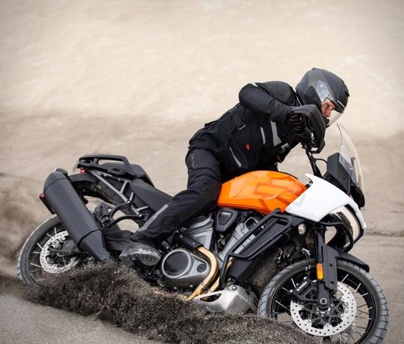 pan-america-1250-adventure-motorcycle-2.jpg | Image