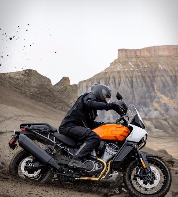 pan-america-1250-adventure-motorcycle-5.jpg | Image