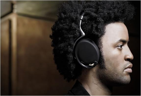 parrot-zik-headphones-2.jpg | Image
