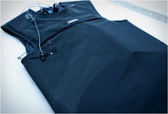 patagonia-self-inflating-vest-2.jpg | Image