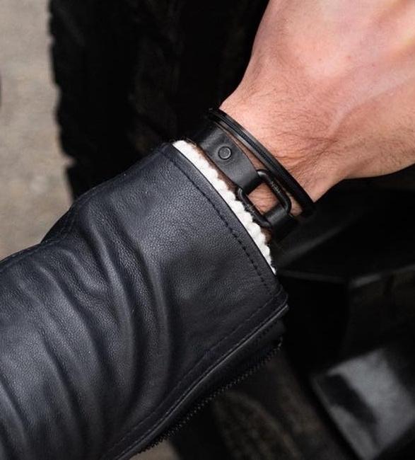 pig-hen-bracelets-9.jpg