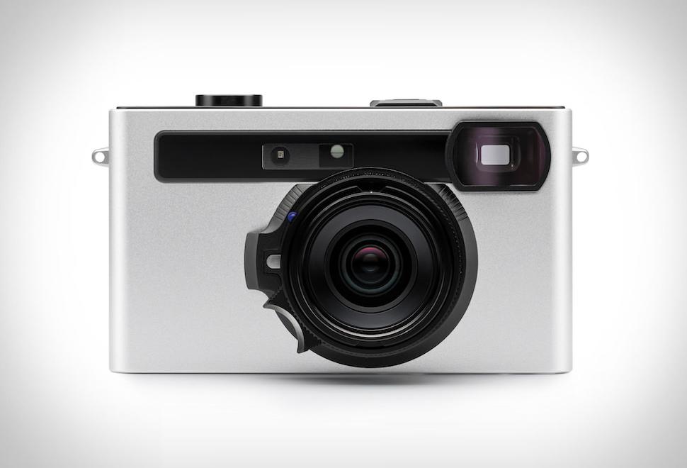 Pixii Rangefinder Camera | Image