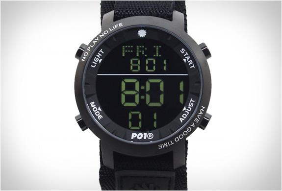 playtime-super-digital-watch-6.jpg