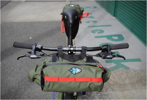 porcelain-rocket-bicycle-bags-3.jpg | Image