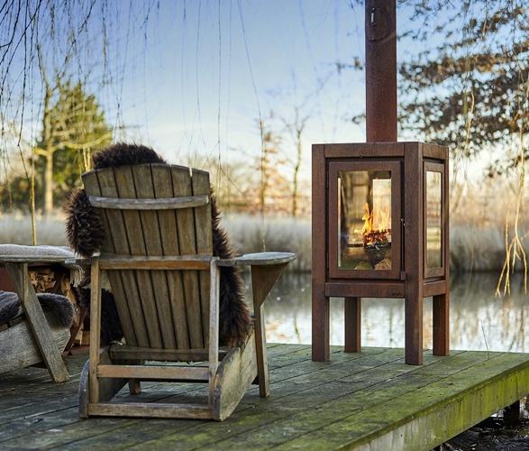 quaruba-outdoor-wood-stove-6.jpg