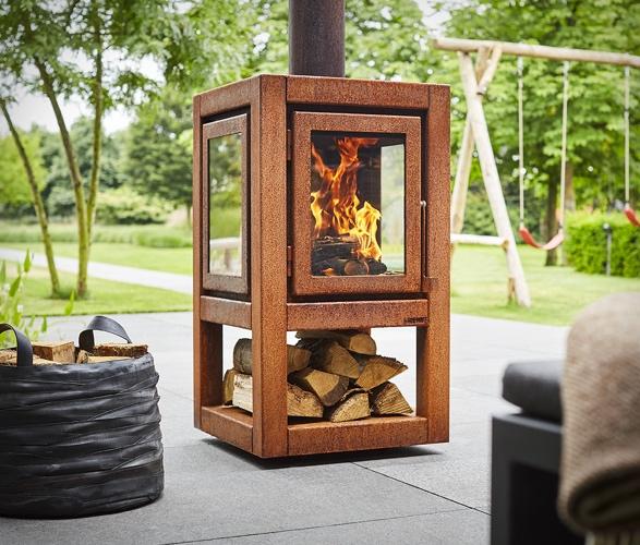 quaruba-outdoor-wood-stove-7.jpg
