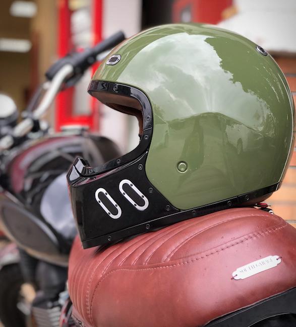 qwart-phoenix-helmet-11.jpg