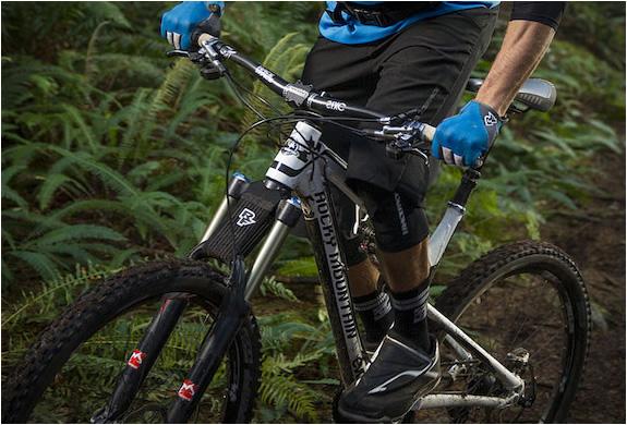 raceface-mud-crutch-2.jpg | Image