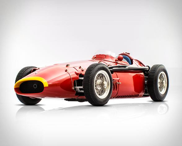 racing-heros-10.jpg