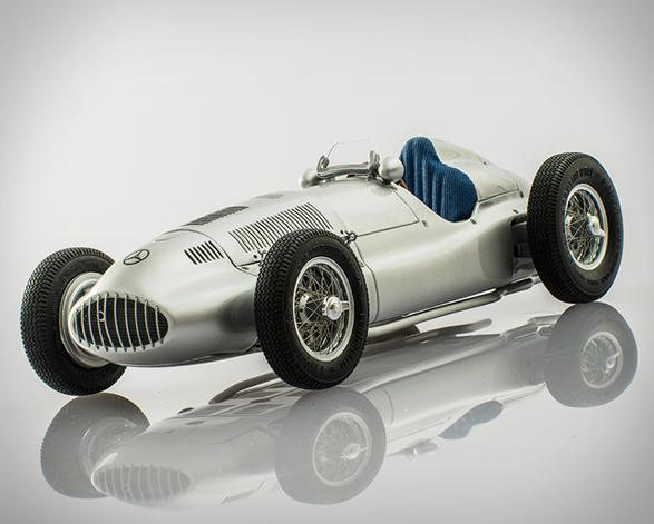 racing-heros-8.jpg