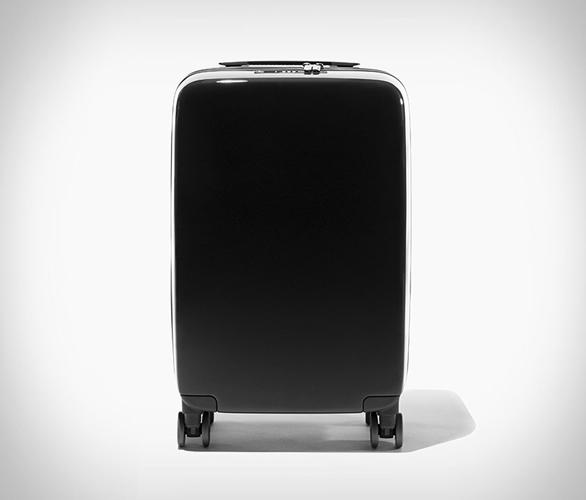 raden-smart-suitcase-2.jpg | Image